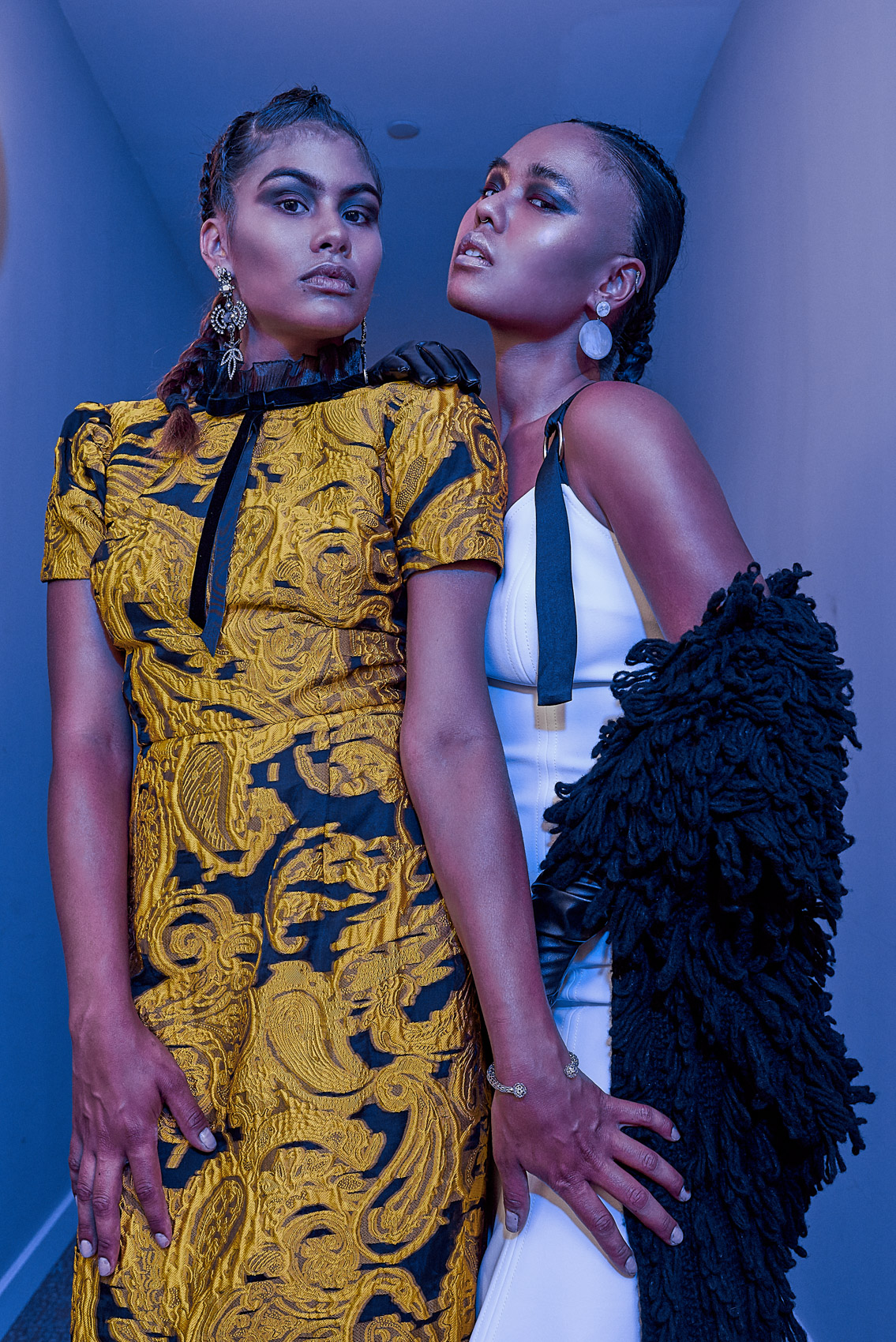 Models Natashia and Samayah shoot in colors with Roman Vail.